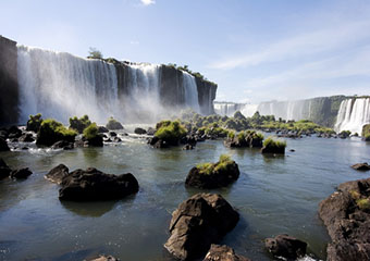 waterfalls of iguacu