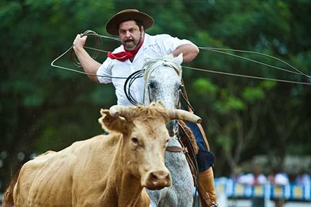 SANTO AUGUSTO-RS, BRASIL, 18.03.11: Governador Tarso Genro visita a 23' Festa Campeira do Estado do RS 2011. Foto Eduardo Seidl/Palácio Piratini